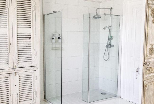 jola-piesakowska-buildmumahouse-shower